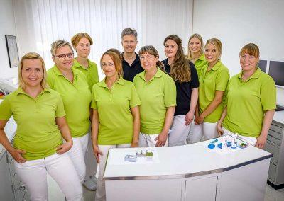 Das Team der Zahnarztpraxis Dr. Liepe & KollegenK